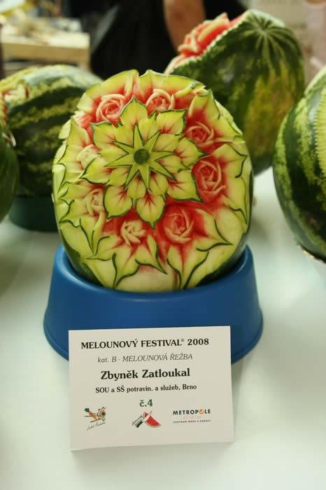 21 sculptures sur pastèque incroyables 11