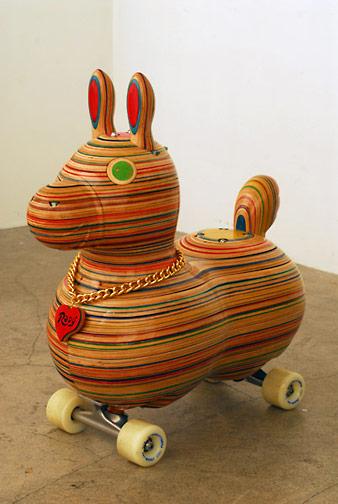 Sculptures de Haroshi avec des skateboards 1