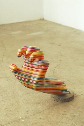 Sculptures de Haroshi avec des skateboards 20