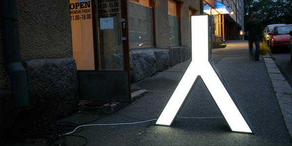 Character - Les typographies Leds recyclées 3