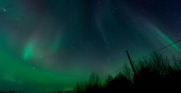 Magnifique time-lapse d'une aurore boreale 2