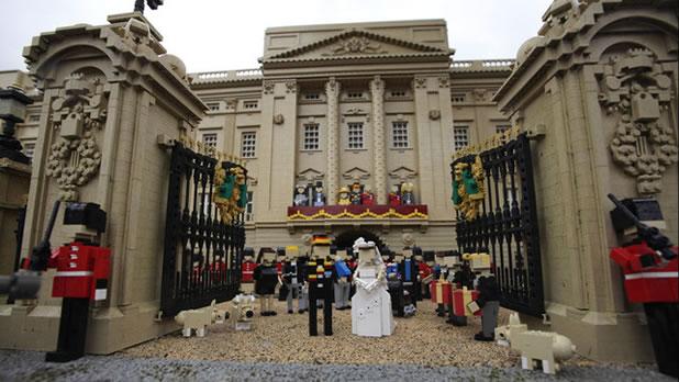 Le mariage du Prince Williams en LEGO 3