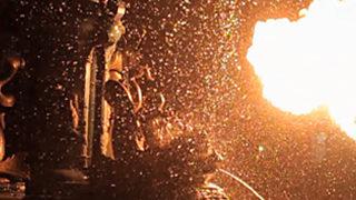 Incendium - Slow motion d'un cracheur de feu