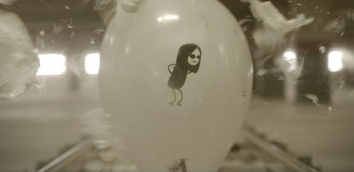 MTV fait un chouette stop-motion en éclatant des ballons 3