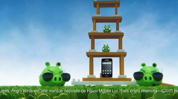 Publicité pour le Samsung Galaxy Ace et Angry Birds 3D 3