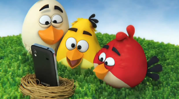 Publicité pour le Samsung Galaxy Ace et Angry Birds 3D 2