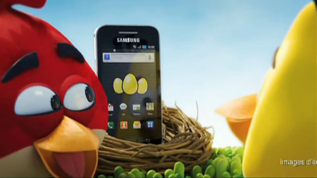 Publicité pour le Samsung Galaxy Ace et Angry Birds 3D 4