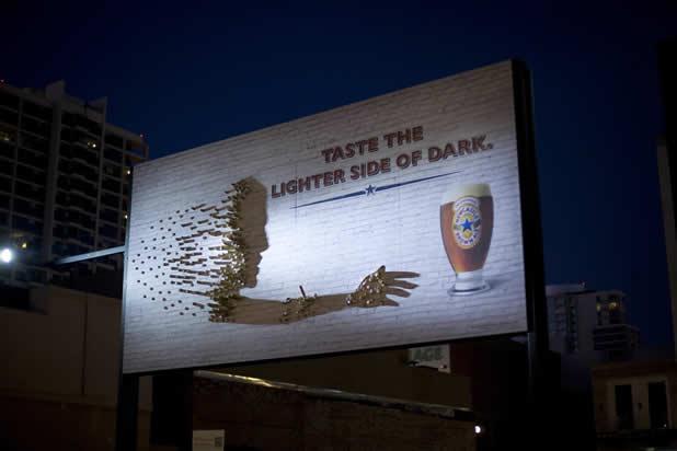 80+ publicités créatives et designs d'août 2011 39