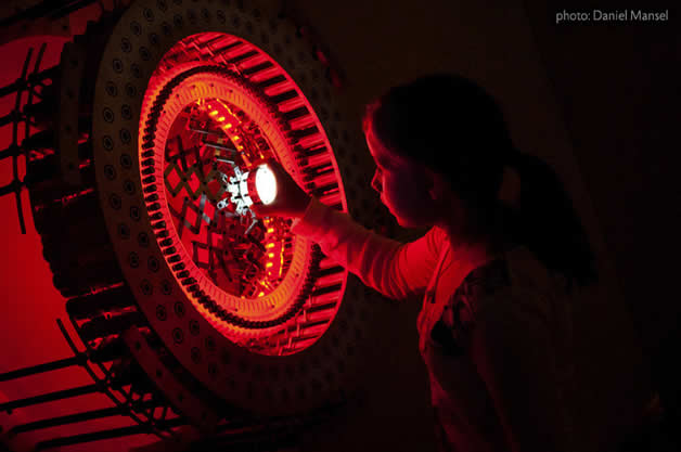 Incroyable sculpture lumineuse | Concentricity 96  3