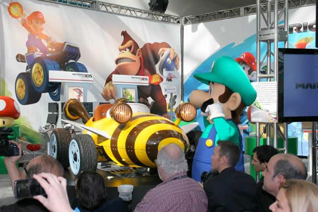 De vrais Kartings Mario au LA autoshow 12