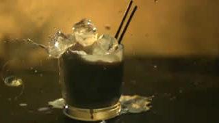 Explosions de verres en slow motion - Phantom Cocktails  1