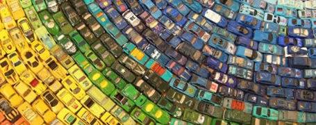 Un arc-en-ciel de 2500 voitures 8