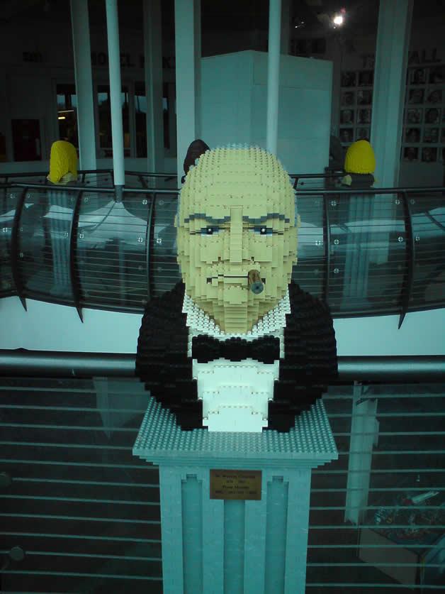 14 Personnages célèbres en Lego 8