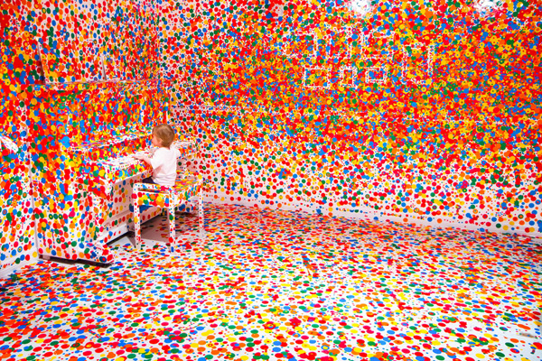 The obliteration room - 1 million de stickers 3