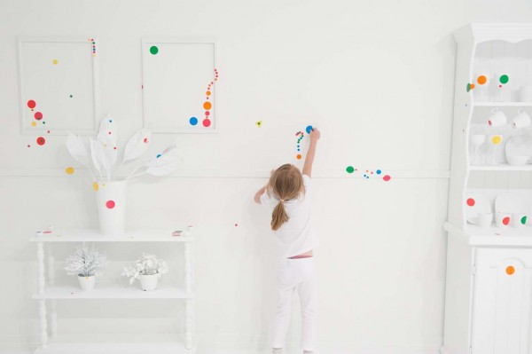 The obliteration room - 1 million de stickers 7