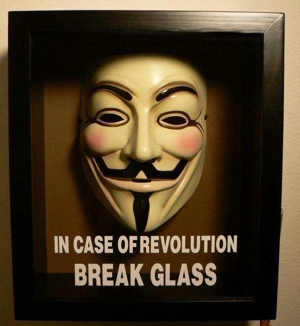 Devenez un Anonymous, créez et portez le masque 10