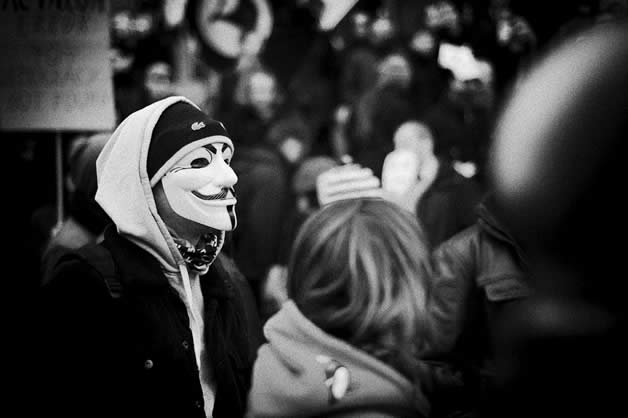 30 superbes photos de manifestations contre ACTA 4