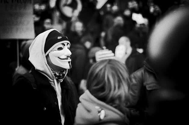 30 superbes photos de manifestations contre ACTA 4