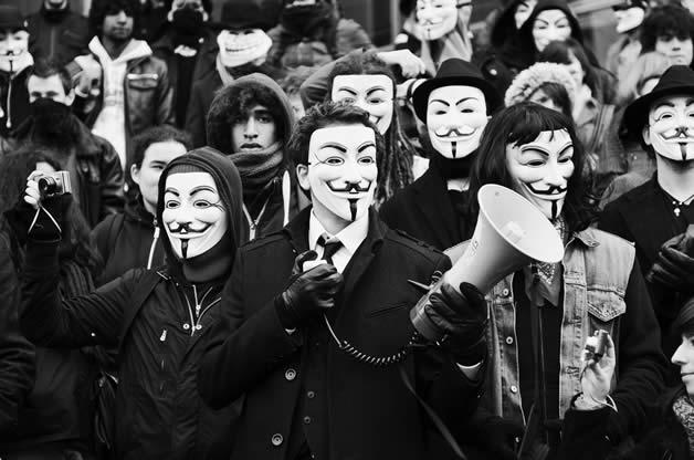 30 superbes photos de manifestations contre ACTA 11