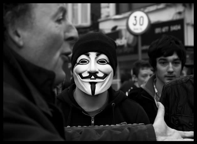 30 superbes photos de manifestations contre ACTA 19