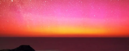 Aurore Australe rouge en Timelapse 1