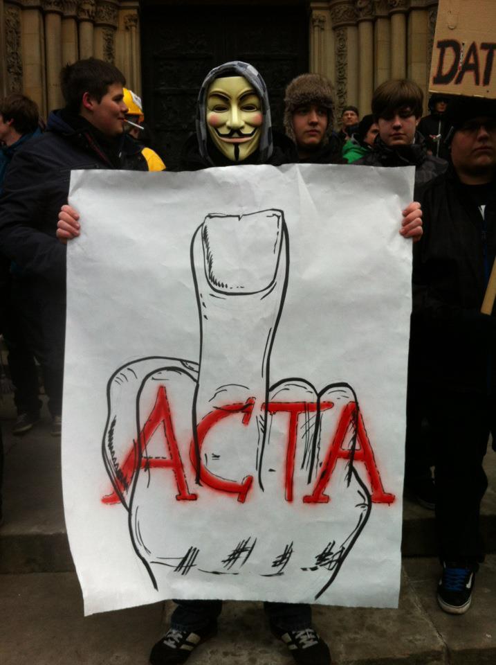 25 panneaux de protestations fun contre ACTA 18