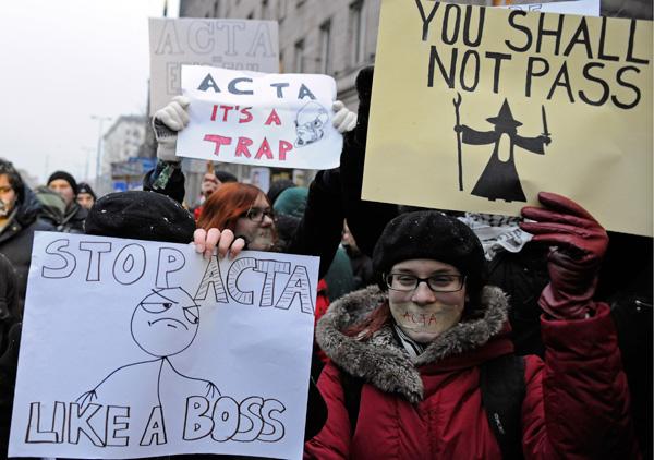 25 panneaux de protestations fun contre ACTA 20