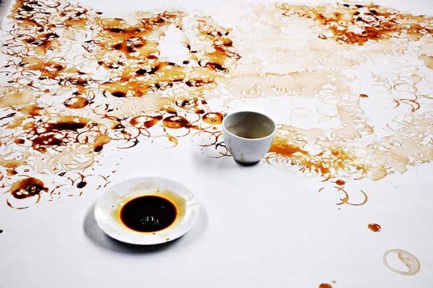 Faire un portrait avec des ronds de café 4