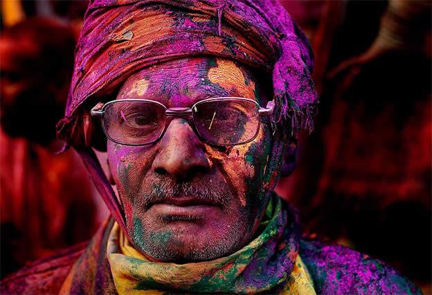 Holi Festival en Inde par Kevin Frayer 2