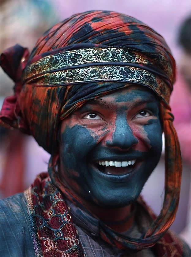 Holi Festival en Inde par Kevin Frayer 12