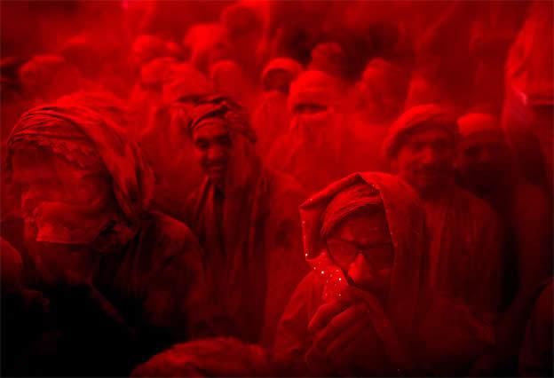 Holi Festival en Inde par Kevin Frayer 19