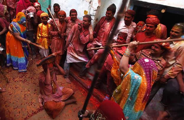 Holi Festival en Inde par Kevin Frayer 21