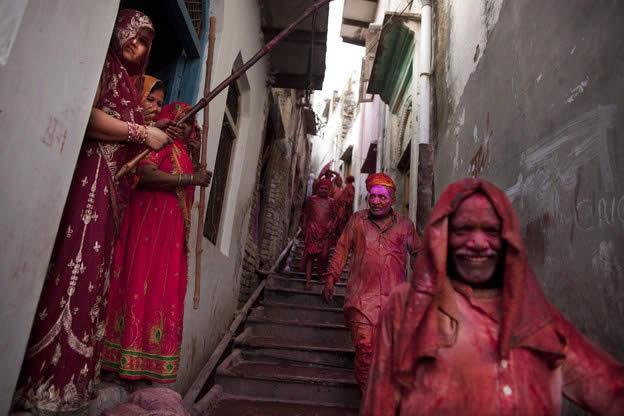 Holi Festival en Inde par Kevin Frayer 24