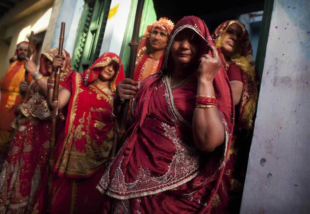 Holi Festival en Inde par Kevin Frayer 26