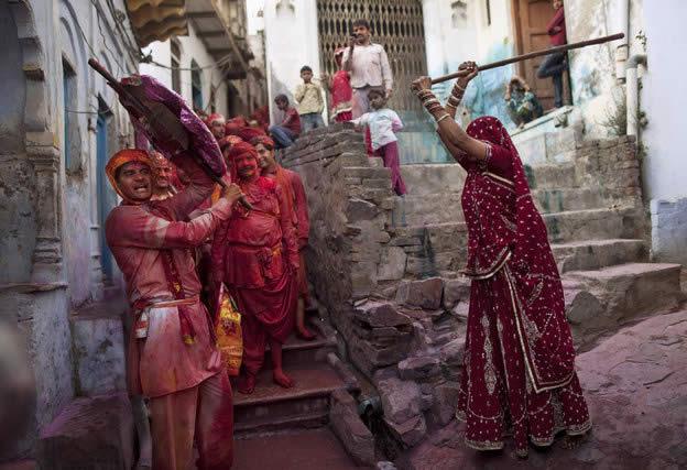Holi Festival en Inde par Kevin Frayer 27