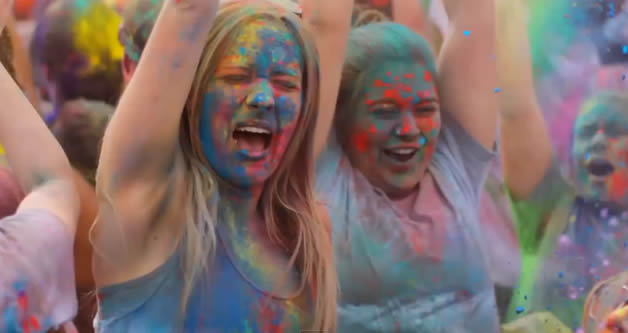 Le Festival des couleurs - Inside