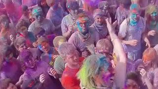 Le Festival des couleurs - Inside 1