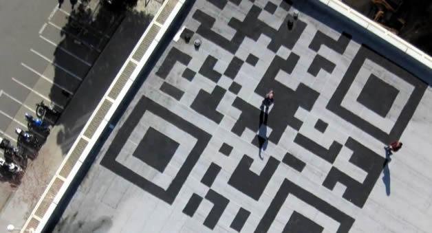 Facebook créé un QrCode sur son toit 4