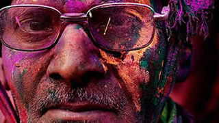 Holi Festival en Inde par Kevin Frayer 1