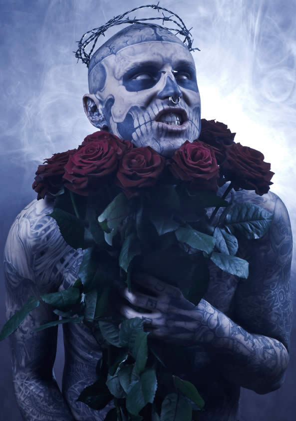 Zombie Boy pose pour Factice Magazine 2