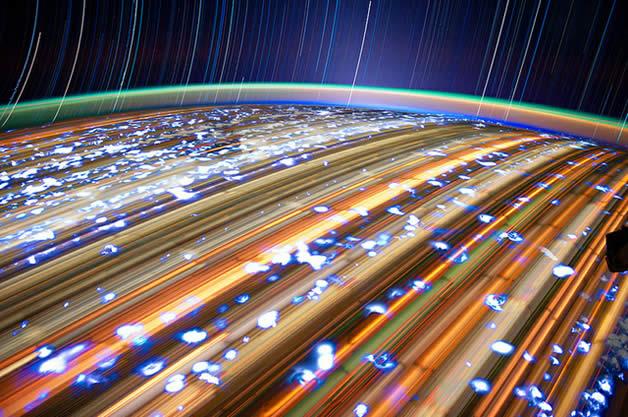 Photos longues poses de la Terre depuis l'espace 3