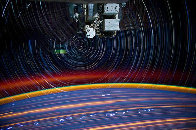 Photos longues poses de la Terre depuis l'espace 4