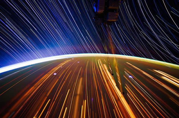 Photos longues poses de la Terre depuis l'espace 6