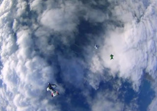 Une course de Wingsuit Racing