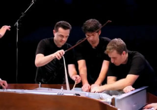 One Direction - What Makes You Beautiful (5 Piano Guys, 1 piano)