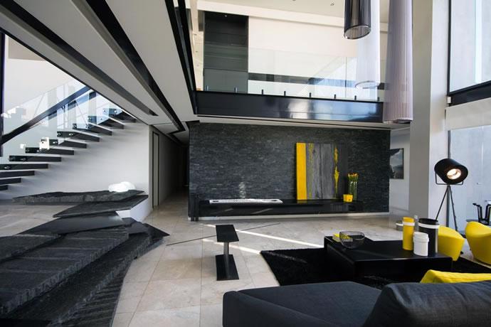 Architecture : Villa de vitres, pierres et métaux 8