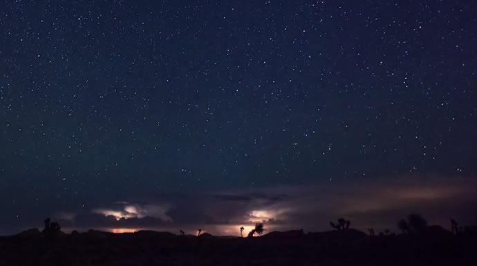 Ascendance - Timelapse, météores, orages et voie lactée 2