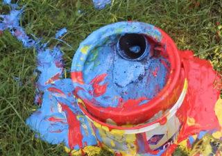 Slowmotion : Explosions de pots de peinture 1