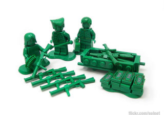 Lego toys soldiers
