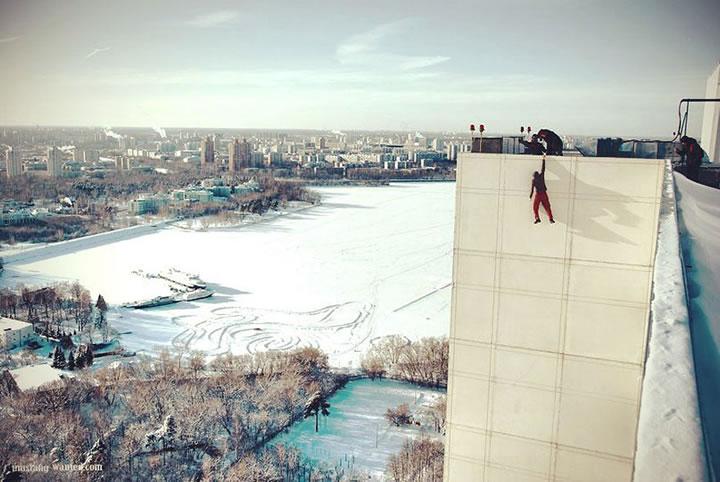 Daredevil suspendu immeubles (4)